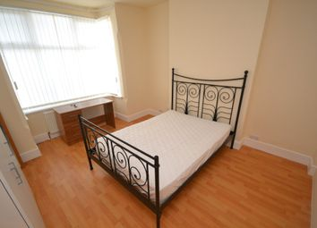 Thumbnail Room to rent in Room 1, Fletcher Road, Nottingham