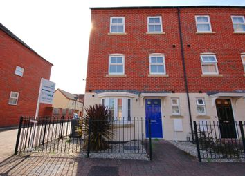 Thumbnail 4 bed town house for sale in Moorhen Close, Witham St Hughs, Lincoln