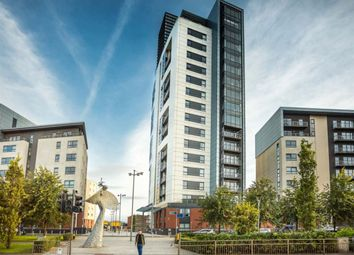 Thumbnail 2 bed flat to rent in Meadowside Quay Square, Glasgow