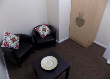 Thumbnail 3 bed flat to rent in Mannville Terrace, Great Horton, Bradford