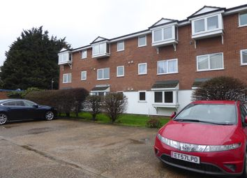 Thumbnail 1 bed flat to rent in Braithwaite Avenue, Romford