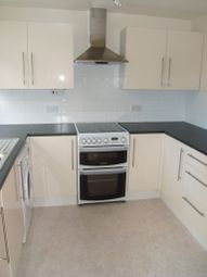 Thumbnail 2 bed flat to rent in Woodlands, Fleet