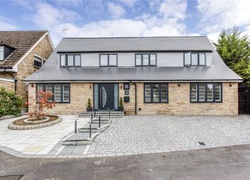 Chiltern Close, Bushey, Hertfordshire WD23. 5 bed detached house