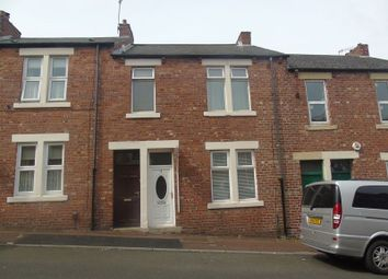 Thumbnail 1 bed flat to rent in Park Terrace, Swalwell, Newcastle Upon Tyne