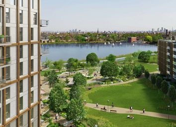 Thumbnail 2 bed flat for sale in Shoreline, Woodberry Down, London