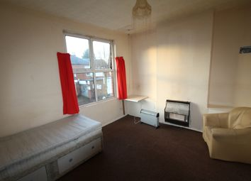 Thumbnail 1 bed flat to rent in Rookery Road, Birmingham