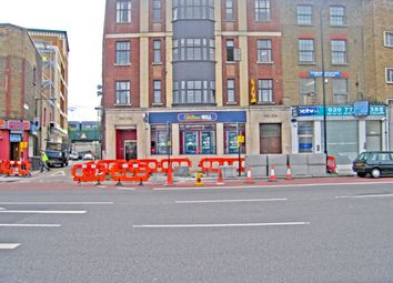 Thumbnail 2 bed flat to rent in 530 Commercial Road, Limehouse