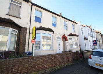 Thumbnail 3 bedroom property to rent in Fairfax Drive, Westcliff-On-Sea