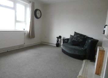 Thumbnail 2 bed flat to rent in Wellstead Road, London