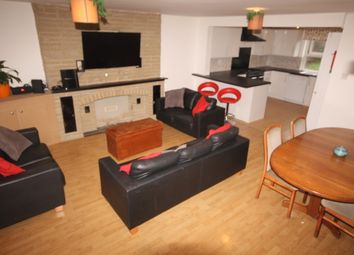 Thumbnail 7 bedroom detached house to rent in Eltham Rise, Leeds