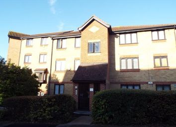 1 bed flat for sale in Linnet Way, Purfleet, Essex RM19