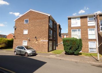 Thumbnail 2 bedroom flat to rent in The Mall, Dunstable