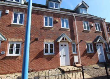 Thumbnail 3 bed town house to rent in Mehdi Road, Oldbury