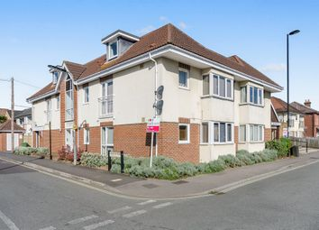 Thumbnail 2 bedroom flat for sale in Kingston Road, Shirley, Southampton