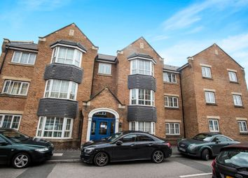 Thumbnail 2 bed flat for sale in Luton Road, Dunstable