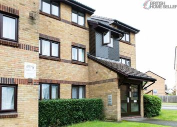 Thumbnail 2 bed flat for sale in Littlebrook Avenue, Slough, Berkshire