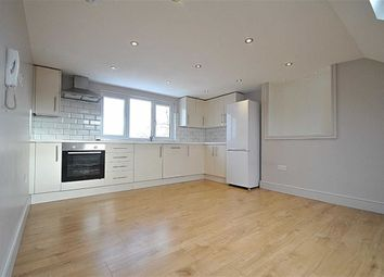 Thumbnail 3 bed flat to rent in Oakleigh Road North, London