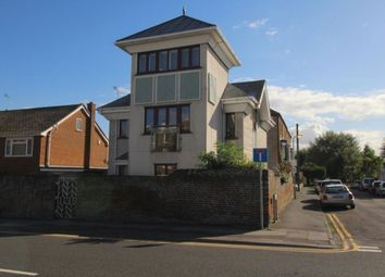 Thumbnail 4 bed detached house to rent in Avenue Road, Herne Bay