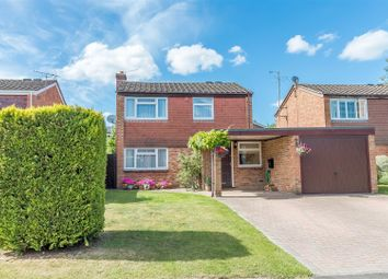 Thumbnail 3 bedroom detached house for sale in Fidlers Walk, Wargrave, Reading