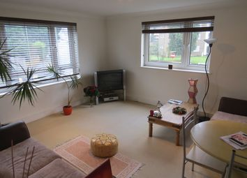Thumbnail 1 bed flat to rent in Sherringham Court Dollis Road, Finchley Central