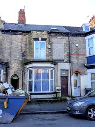 Thumbnail 5 bedroom terraced house for sale in Grove Street, Hull