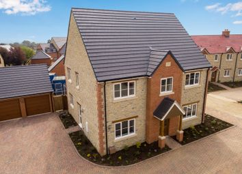 5 bed detached house for sale in Old Brickyard Close, Lavendon, Olney MK46