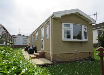 Thumbnail 1 bed mobile/park home for sale in Limit Home Park, Northchurch, Berkhamsted