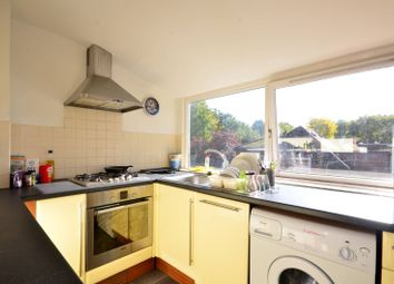 2 bed maisonette to rent in Stanhope Road, Highgate N6