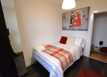 Thumbnail Room to rent in Double Room, East India Dock Road, Limehouse Link