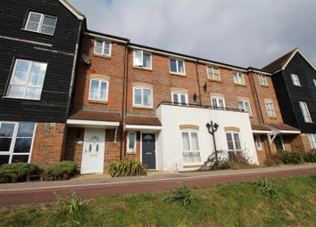 Thumbnail 4 bed property to rent in Riverbank Way, Ashford
