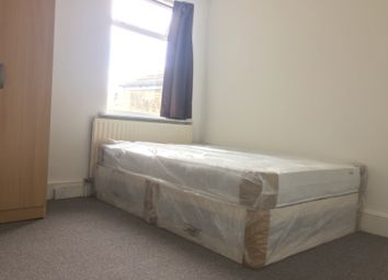Thumbnail Room to rent in Chingford Road, Walthamstow