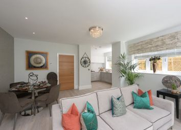 Thumbnail 2 bed flat for sale in Station Road, Beaconsfield