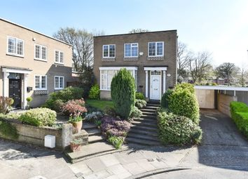 Thumbnail 4 bed detached house to rent in Kinnaird Close, Bromley