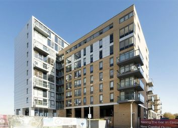 Thumbnail 3 bedroom flat for sale in Jubilee Court, New Capital Quay, Greenwich, London