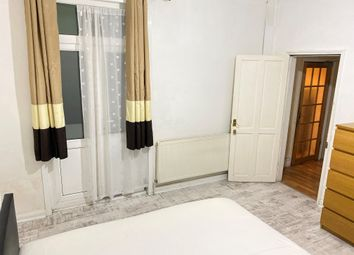 Thumbnail 2 bedroom shared accommodation to rent in Withburn Road, Lewisham
