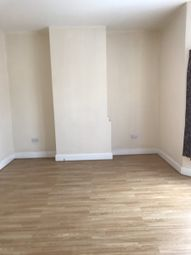 Thumbnail 2 bed flat to rent in Crawley Road, Luton