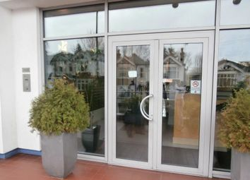 Thumbnail 1 bed flat to rent in Throwley Way, Sutton