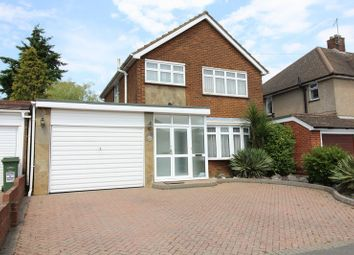 Thumbnail 3 bed detached house to rent in Bushmead Road, Luton