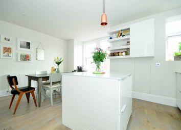 Thumbnail 2 bedroom flat to rent in Oldfield Road, Harlesden
