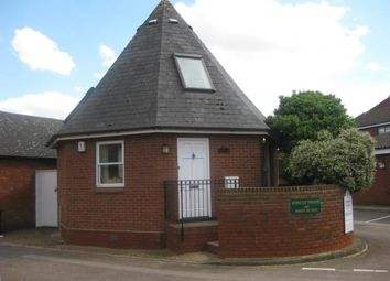 Thumbnail 2 bed detached house to rent in Duckmill Crescent, Bedford