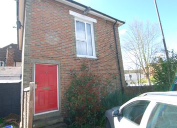 1 bed flat to rent in The Square, High Street, Hadlow, Tonbridge TN11