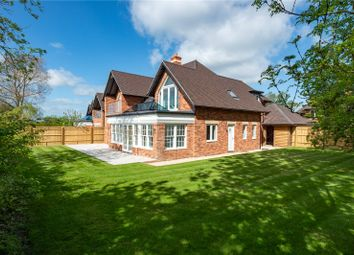 Fieldfare House, Vale View, Cumnor Hill, Oxford OX2. 5 bed detached house for sale