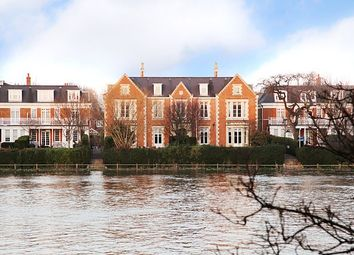 Thumbnail 6 bed property to rent in Redcliffe Gardens, London
