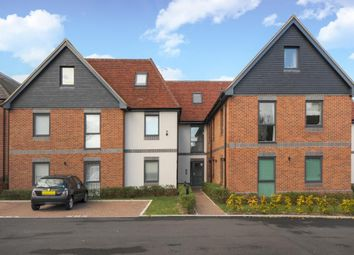 Thumbnail 2 bedroom flat for sale in Rockingham Road, Newbury