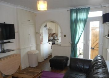 Thumbnail 4 bedroom end terrace house to rent in Newland Street West, Lincoln
