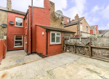 Thumbnail 4 bed property to rent in Meyrick Road, Willesden