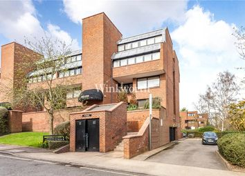 Thumbnail 2 bed flat to rent in Britten Close, Hampstead Garden Suburb, London