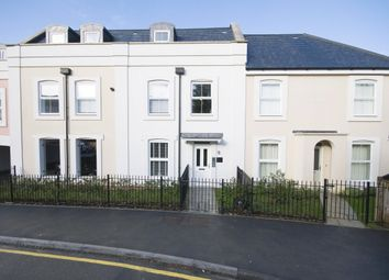 Thumbnail 1 bed flat to rent in Currington House, 23 Warren Road, Reigate, Surrey