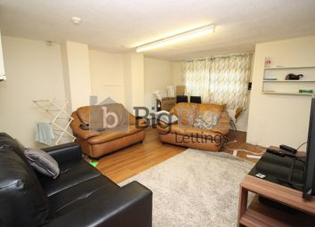 Thumbnail 6 bed terraced house to rent in Royal Park Avenue, Hyde Park, Six Bed, Leeds
