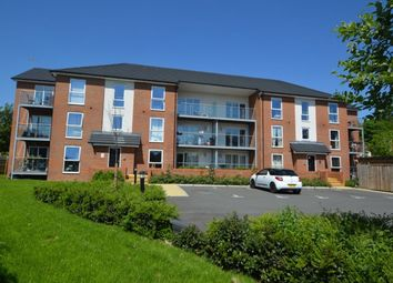 Thumbnail 2 bed flat for sale in Oakridge Road, High Wycombe